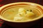Суп куриный с зеленым горошком
