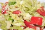 Салат из капусты, огурцов и помидор