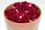 Салат из свеклы с заправкой из бальзамического уксуса