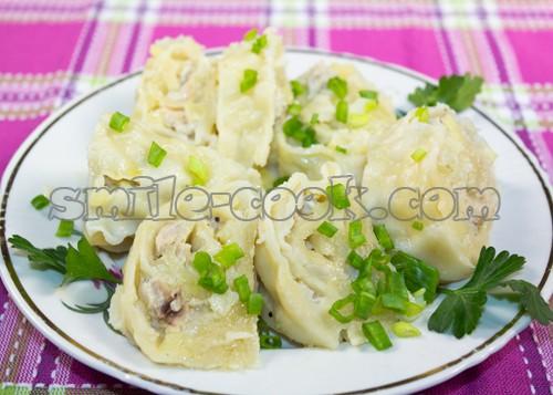 Пирожки из слоёного теста с клубникой рецепт с фото