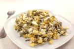 Салат из морской капусты, кукурузы и яиц