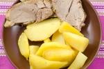 Буженина и картофель в мультиварке