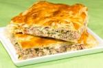 Греческий пирог с мясом и брынзой