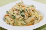 Теплый салат из свинины с жареным огурцом