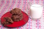 Печенье с какао и изюмом