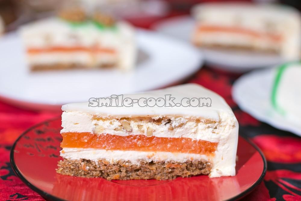 разрез муссового морковного торта от Ханса Овандо